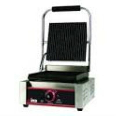 "Single Panini Grill, Italian Style, 14"" Ribbed Plate, Electric 120V, Winco EPG-1"