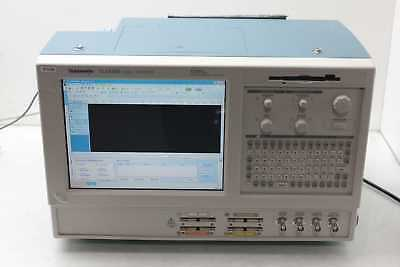 Tektronix TLA5202 Logic Analyzer / 68 Channel / 8 GHz / Loaded w Software