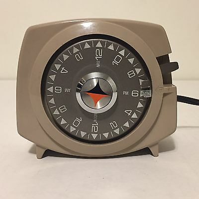 Vintage 1950s Intermatic Time All Lamp Appliance Timer A221-7 Tested Tan Brown