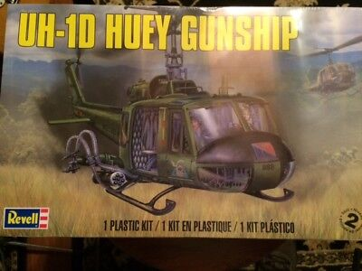 Brand New  Revell-Uh-1D-Huey-Gunship-Helicopter-1-32-Scale-Model-Kit