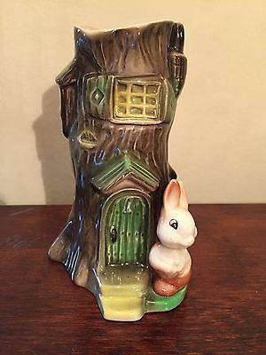 Eastgate Withersea Pottery Fauna Rabbit Vase