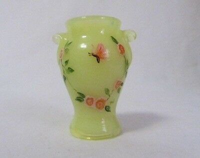 Boyd Glass Mini Vase Urn Toothpick Holder Yellow Hp Butterfly  B In Diamond