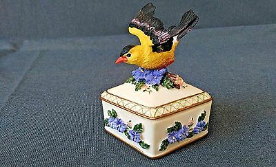 """Heritage House Sing a Song Diamond Shaped Music Box W Certificate Plays """"Always"""""""