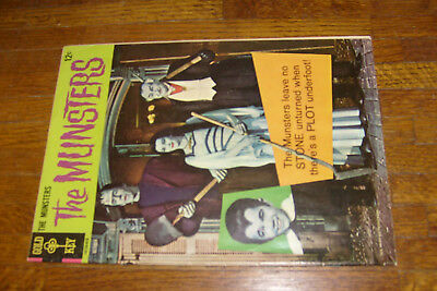 THE MUNSTERS #9, 1966 gold key comic, VG