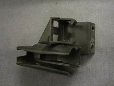Genuine Peugeot Elyseo 125 Dn Relay Holder Electrical Bracket 1999 -02 Pe738754
