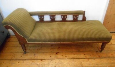 Antique  Victorian  Upholstered  Chaise  Longue  Sofa