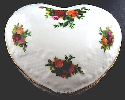 Vintage Heart Shaped Trinket Box 1962 Royal Albert England Old Country Rose