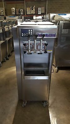2011 Stoelting F231 Soft Serve Frozen Yogurt Ice Cream Machine 3ph Air