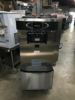 2012 Taylor C723 Soft Serve Frozen Yogurt Ice Cream Machine Warranty 3ph Air