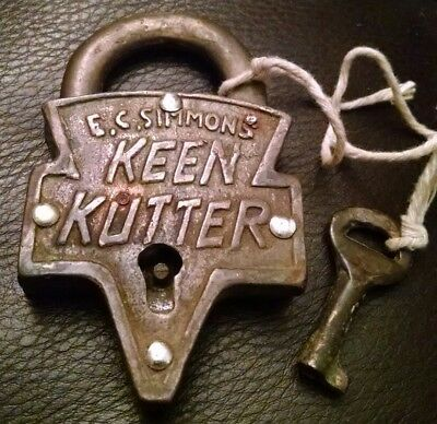 Vintage Antique Brass Ec Simmons Keen Kutter Padlock Lock With Original Key Nice