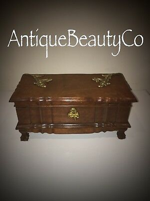 Antique Beautiful Oak And Mahogany Victorian Jewellery Box With Brass Fittings