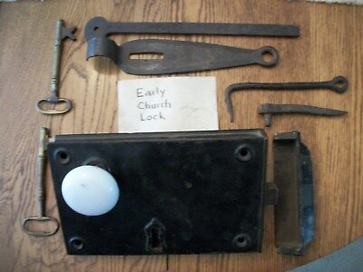 VERY EARLY 1800's LARGE CHURCH IRON DOOR LOCK and KEYS PLUS EXTRA FORGED LATCHES