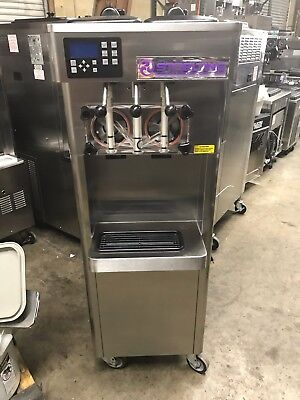 2013 Stoelting F231 Soft Serve Frozen Yogurt Ice Cream Machine 1ph Air