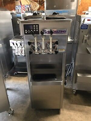 2012 Stoelting F231 Soft Serve Frozen Yogurt Ice Cream Machine 1ph Air
