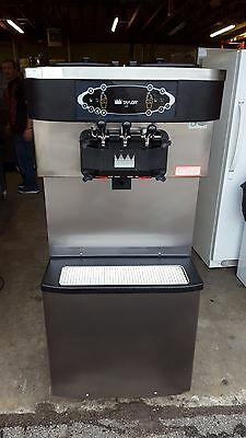 2010 Taylor C713 Soft Serve Frozen Yogurt Ice Cream Machine Warranty 1Ph Air
