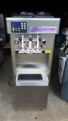 2013 Stoelting F231 Soft Serve Frozen Yogurt Ice Cream Machine Warranty 3Ph H2O