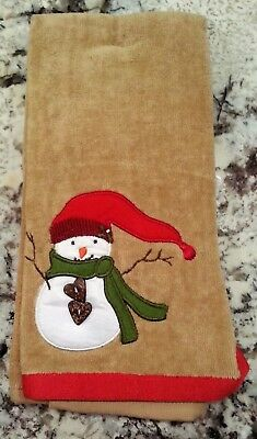 Set of 2 Snowman Holiday Hand Towels Heart Shape Buttons St Nicholas Square
