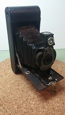"KODAK ""HAWK-EYE"" * FOLDING CARTRIDGE CAMERA * No 2A Model B * c1928"