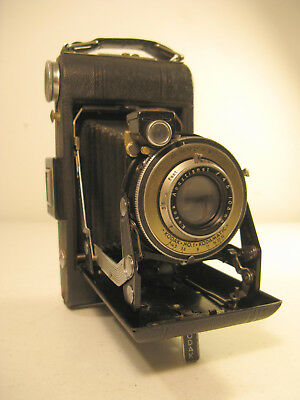 Kodak Vigilant Six-20 Folding Camera (1939-1940)