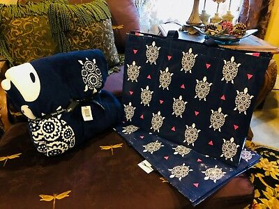NWT Vera Bradley Throw Blanket  with FREE Market tote Included ** SEA TURTLES**