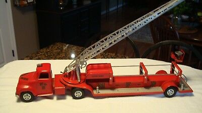 Vintage Tonka Toys  Fire Ladder Truck - M◇F◇D  No.5