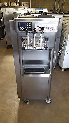 2011 Stoelting F231 Soft Serve Frozen Yogurt Ice Cream Machine 1ph Air