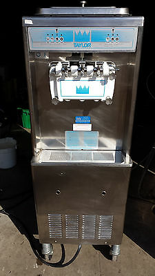 2010 Taylor 336 Soft Serve Frozen Yogurt Ice Cream Machine Warranty 3Ph Water