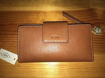 Fossil Emma RFID Tab Clutch Leather Wallet  ( Brown ) Nwts