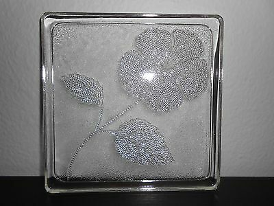 VINTAGE 1950's CLEAR GLASS SQUARE TILE TRIVET/HOT PLATE  w/FLOWER