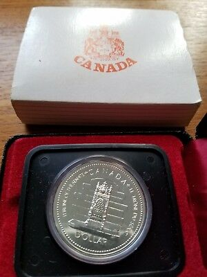 1977 Canada Queen Elizabeth II Silver Jubilee Silver Dollar With Case