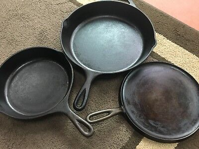 Vintage Cast Iron LOT of 3 - Two skillets & a unique rare griddle *ready to use*