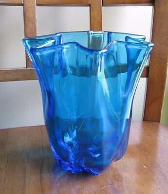 RARE Cambridge by Imperial Glass Crimped Peacock Blue Vase #563 Cut Star Base