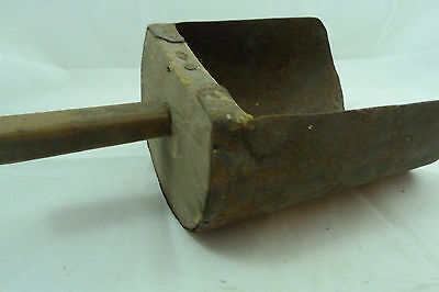 Antique Farm Barn Grain Scoop Primitive Rustic Vintage Rusty Metal