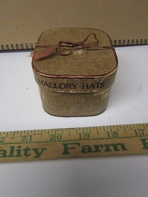 Vintage Mallory Hats Salesman Sample or Doll's Hat Box