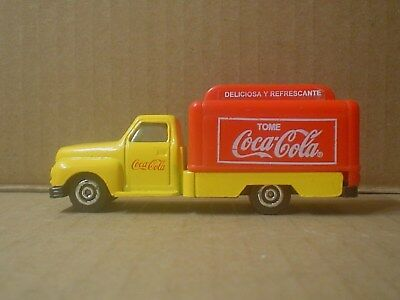 Spanish Coca Cola Die Cast and Plastic Toy CE Delivery Truck ~ 1950 USA