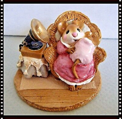 Wee Forest Folk Grammy Phone (rose/taupe) - M-176 - Retired