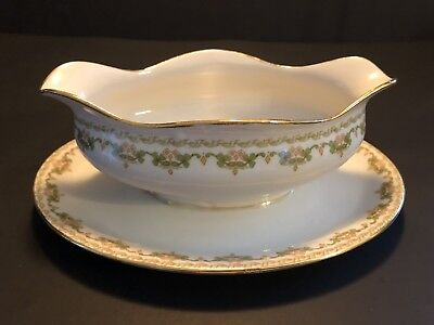 "Guerin Limoges ""GUE60 - Clover"" Gravy Boat w/ Attached Underplate"