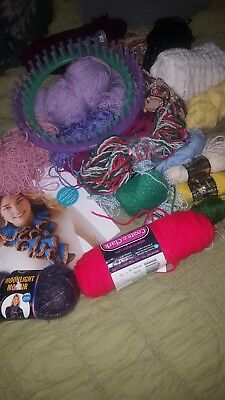 Lot Of Mixed Vintage Yarn, two round looms and beginner book