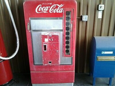 1950's Vendo 110 Surevend 83 Coke machine