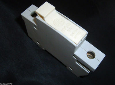 Wylex NSC 05 5 Amp 240 Volt Cartridge Fuse Holder. Din Rail Mount. With Fuse.NEW