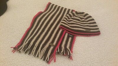 ladies toggi wool scarf and hat