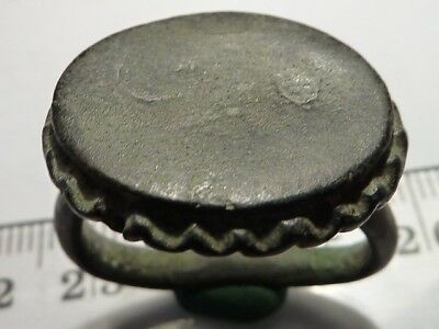 2010	Ancient Medieval bronze massive ring 21 mm.