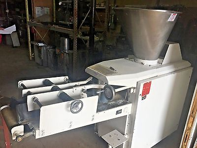 Kemper Consul Continuous Dough Divider Cutter w/ Rounding Arm