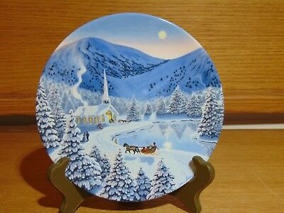 1990 W.J. George  Silent Night by Jean Sias Plate The Spirit Of Christmas
