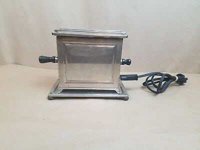 Vintage Antique Universal Elect Toaster Landers Frary & Clark USA Working Cord