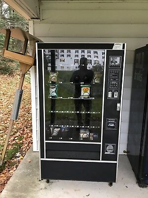 Vending Machine , Snack Vending Machine By Rowe
