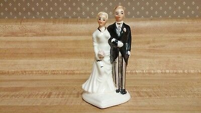 National Potteries Cleveland/made in Japan bridal cake topper/figurine #3B3301