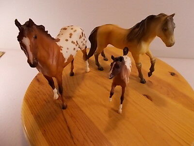 Mixed Lot of 3 Breyer Reeves & Breyer Molding Company Collectible Horses Nice