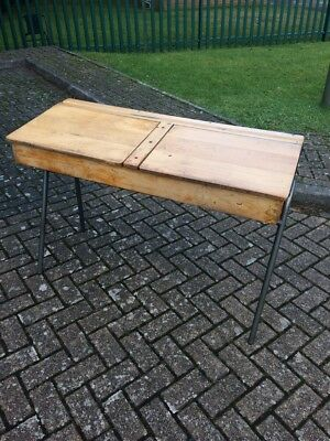 Vintage solid school table (shabby chic project)