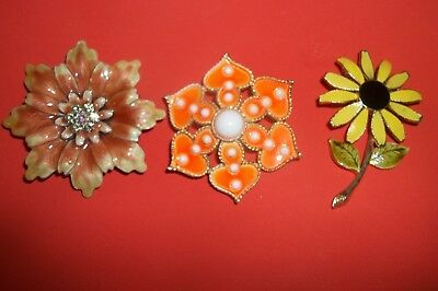 Vintage Jewelry Pin and Broochs~Flowers~Group of Three Pretty Flower Pins
